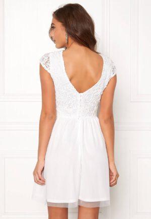 Hvid festkjole med smukke detaljer fra Make Way - TopLady