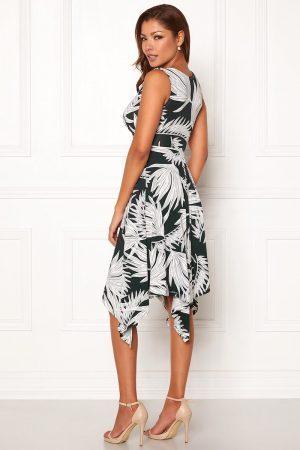 Flot kjole i jersey og skønt mønster fra CHIARA FORTHI - TopLady